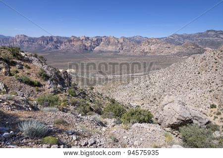 Desert Valley Of Red Rock Canyon, Nevada