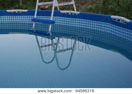 swimmig-pool
