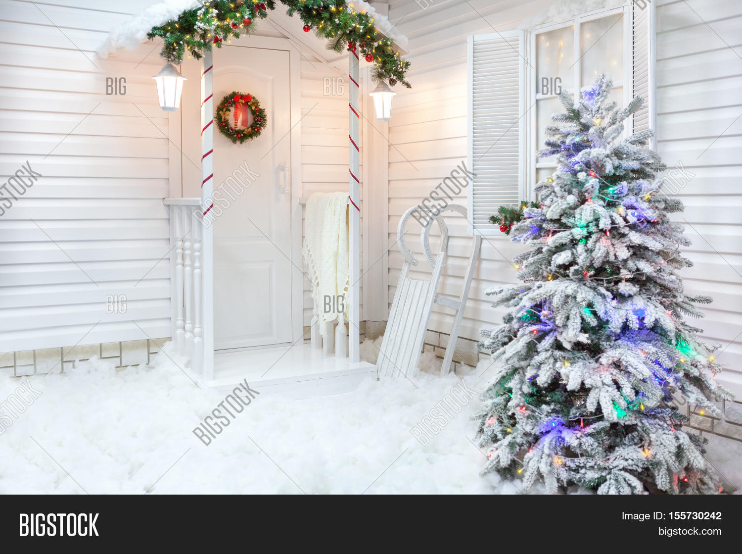 Winter exterior country house image photo bigstock for American style christmas decorations