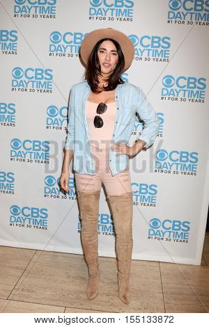 LOS ANGELES - NOV 3:  Jacqueline MacInnes Wood at the The Bold and the Beautiful