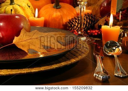Thanksgiving table set up. Thanksgiving Fine Dining. Thanksgiving Dinner celebration.
