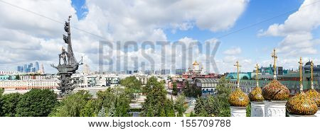 Panorama of Moscow downtown - International Business Center Peter the Great Statue on the Moscow river (the eighth tallest statue in the world) Ministry of Foreign Affairs сathedral of Christ the Saviour old confectionery and
