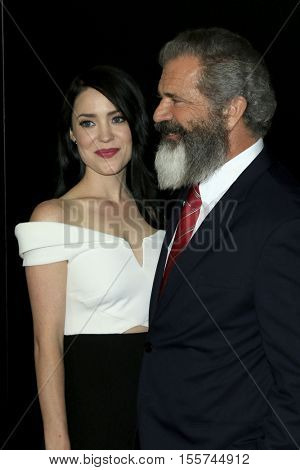 LOS ANGELES - NOV 6:  Rosalind Ross, Mel Gibson at the 20th Annual Hollywood Film Awards  at Beverly Hilton Hotel on November 6, 2016 in Beverly Hills, CA