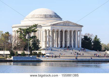 Dawn at the Jefferson Memorial. Washington DC