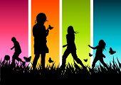 Постер, плакат: Группа детей игры на улице