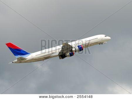 Jet Liner Ascending