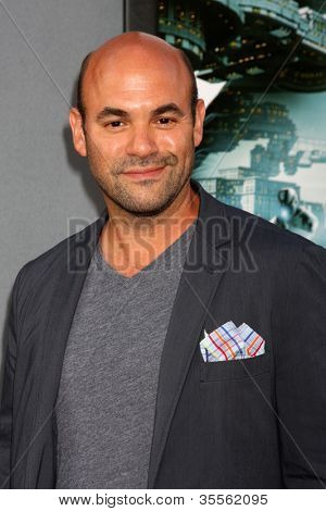LOS ANGELES - AUG 1:  Ian Gomez arrives at the