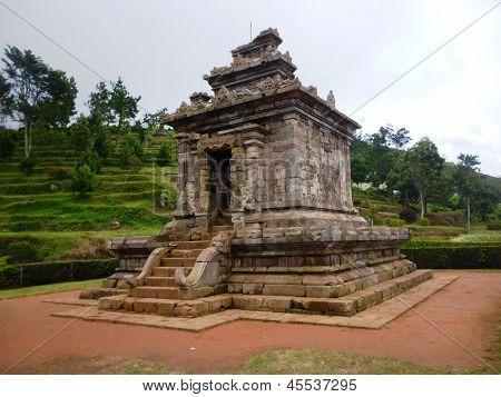 Gedongsongo temple area