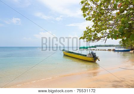 Boat at the beach, Panama