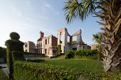 foto of mansion  - Remains of the Dungeness mansion on Cumberland Island Georgia - JPG