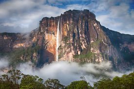 pic of canaima  - Highest waterfall in the world  - JPG