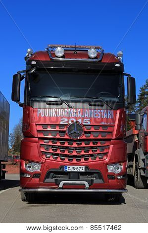 Mercedes-Benz Arocs 3563L 8X4 Timber Truck
