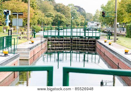Canal Lock, Lock Mülheim