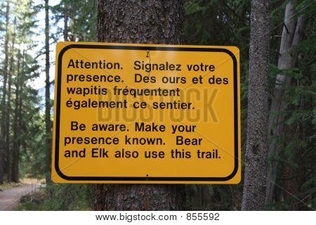 zweisprachige Nationalpark Zeichen