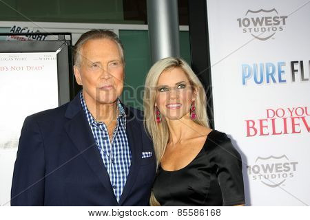LOS ANGELES - MAR 16:  Lee Majors, Faith Majors at the