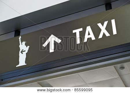 New York Staten Island Terminal The Taxi Sign