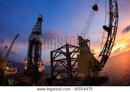 Jack Up Offshore Oil Drilling Rig With Fish Eye Angle Perspective