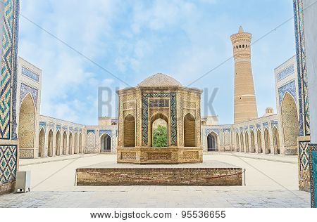 The Sheikh Tomb