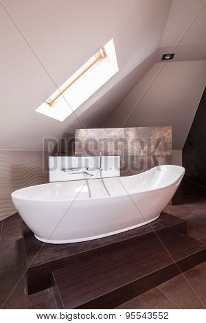 Designed Porcelain Bath