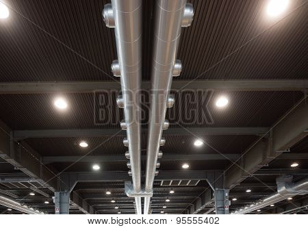 Air Distribution System In An Industrial Building