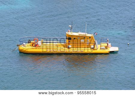 Yellow submarine in Gustavia harbor at St. Barths