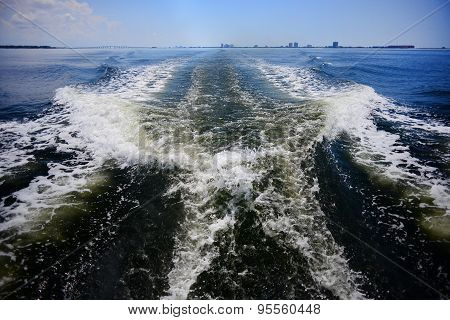 Boat Waves