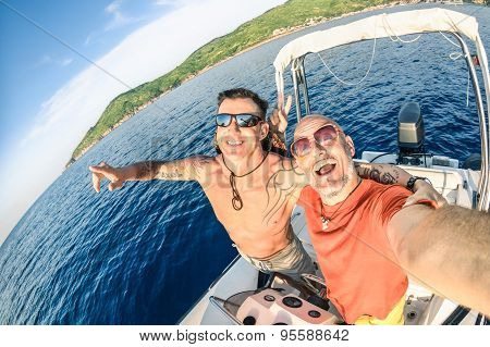 Adventurous Best Friends Taking Selfie At Giglio Island On Luxury Speedboat - Adventure Travel Lives