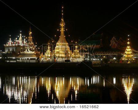 Wat Jong Klang In Mae Hong Son At Night