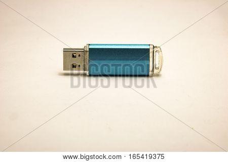 Set Memory Device