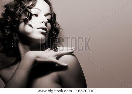 Hermosa mujer. Foto de arte moda