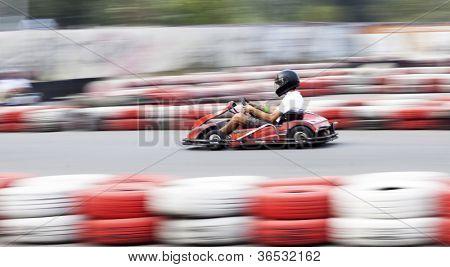 Go cart racer