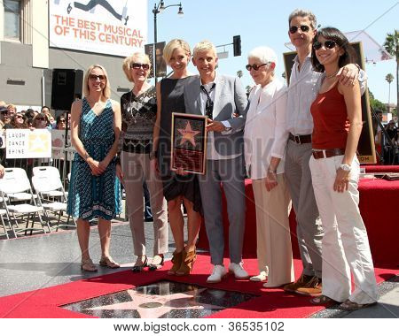 LOS ANGELES - SEP 4:  Portia DeRossi, Ellen DeGeneres, Family at the Hollywood Walk of Fame Ceremony for Ellen Degeneres at W Hollywood on September 4, 2012 in Los Angeles, CA