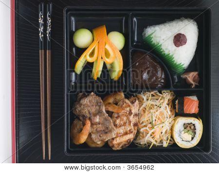 Teppanyaki Lunchbox With Chopsticks