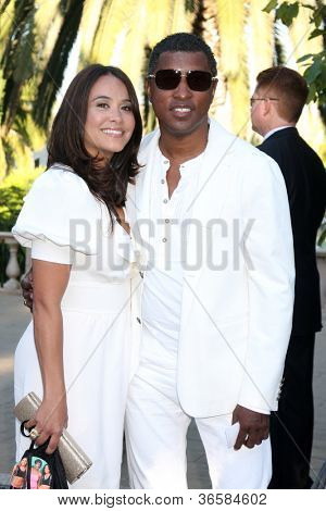 LOS ANGELES - JUL 24:  Kenneth 'Babyface' Edmonds,Nicole Edmonds at the 12th Annual HollyRod Foundation DesignCare Event at Ron Burkle's Green Acres Estate on July24, 2010 in Beverly Hills, CA ....