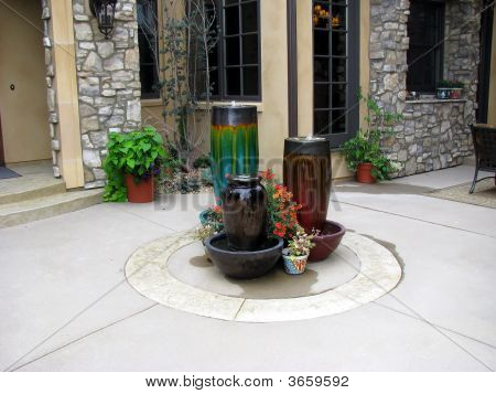 Outdoor Pot Brunnen
