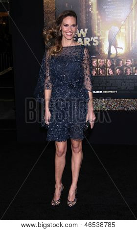 LOS ANGELES - DEC 05: HILARY SWANK, die Ankunft in