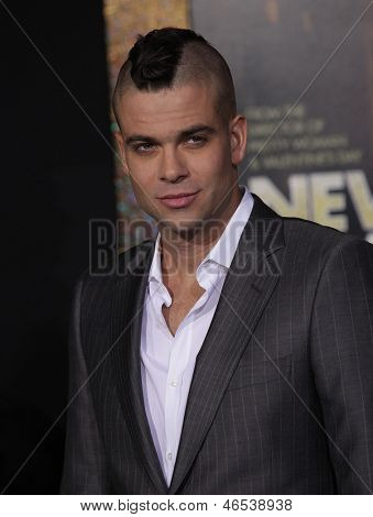 LOS ANGELES - DEC 05:  MARK SALLING arriving to
