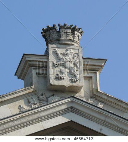 Crest with lion
