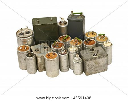 Capacitors.Isolated.