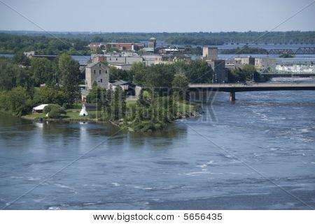 The Ottawa River Bridges