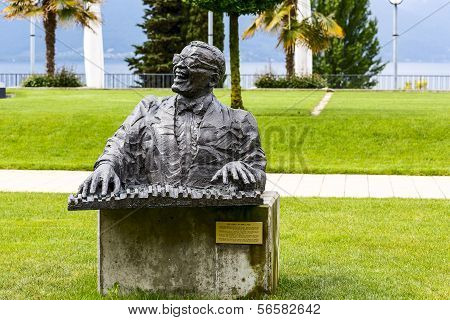 Statue To Ray Charles, Montreux