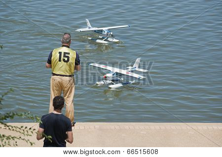 Radio Controlled Hydroplane Show