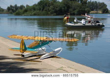 Rc Hydroplane Rescue Patrol