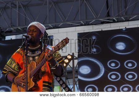 Band of Kara Sylla Ka performs on stage