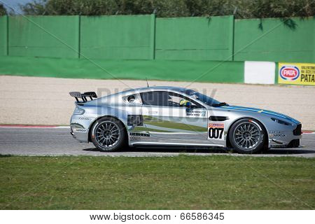 Aston Martin Vantage Gt4 Race Car