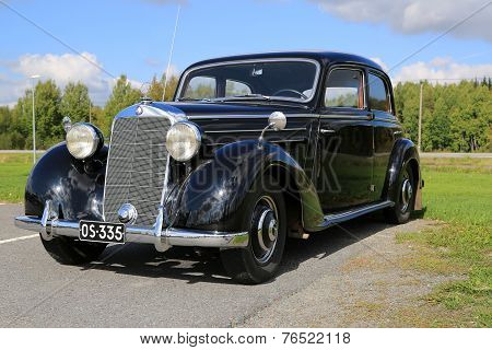 Mercedes-Benz 170S Classic Car