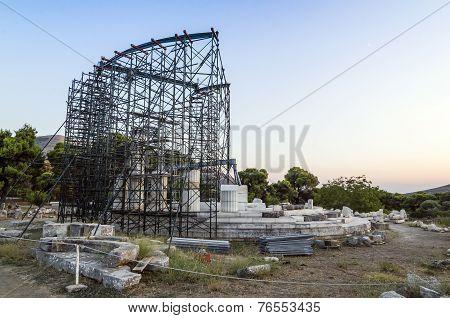 Greek Columns In Restoration