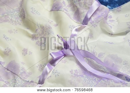 Tulle With Ribbon And Bow