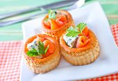 picture of spawn  - tartalets with salmon and cheese on plate - JPG