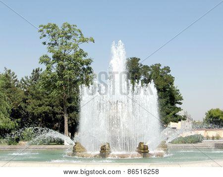 Tashkent Fountain On Sayilgoh Street 2007